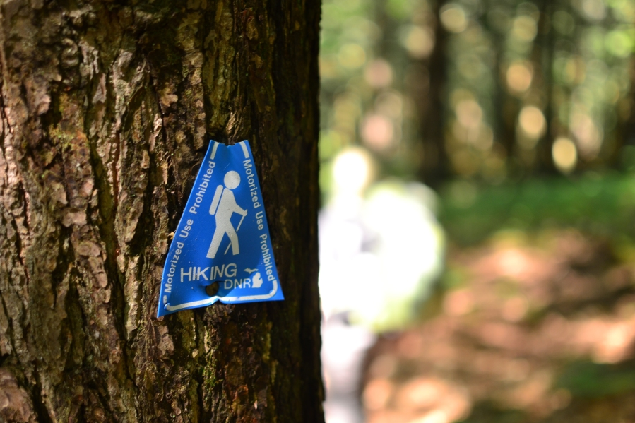 Hiking Sign in Porcupine Mountains